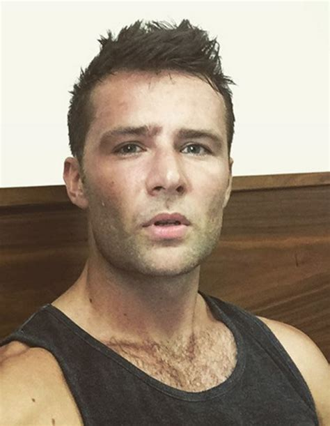 harry judd the end of mcfly harry judd s horror injury cancels tour