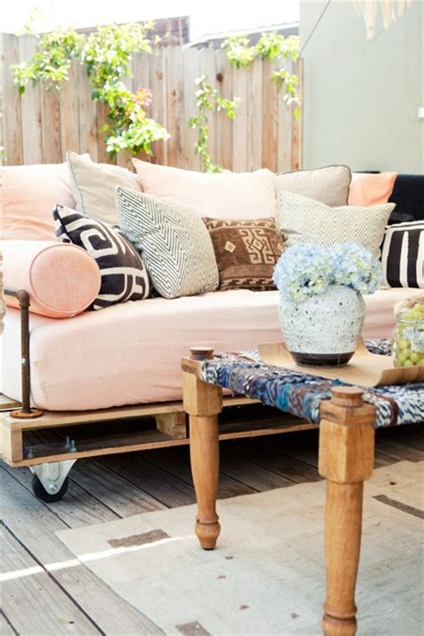 pallet furniture couch diy pallet couch attractive addition for living room