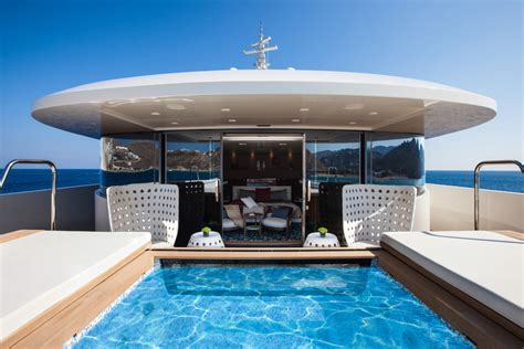 tekne poole crn motor yacht saramour owners spa pool yacht charter