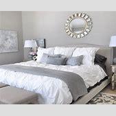 Grey bedrooms d...