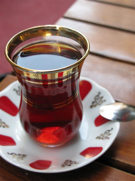 File:Turkish tea2   Wikimedia Commons