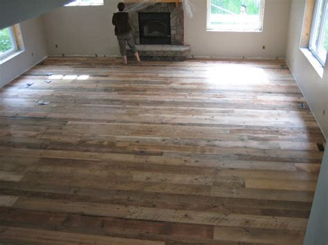 Diy Barnwood Flooring by Ideas For Remodelling Barn Wood Inspiring Interior