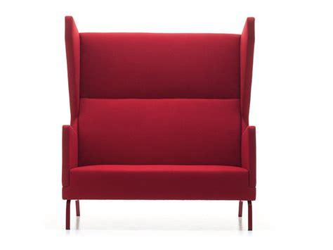 divani schienale alto divano in tessuto a 2 posti con schienale alto heard s by