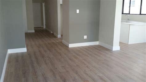 White Wash Oak Laminate Flooring