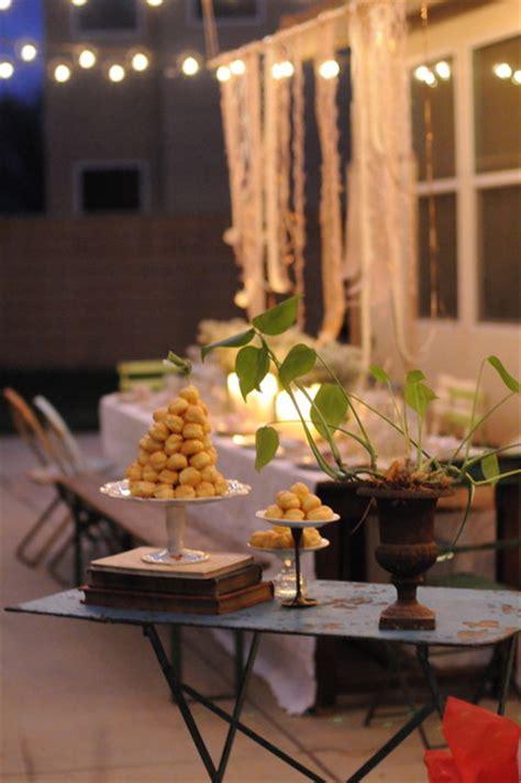 Houzz Holiday Contest A Pretty Backyard Dinner Party Backyard Dinner Ideas