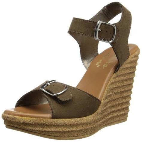 callisto 7584 womens targa taupe wedge sandals shoes 7