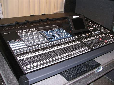Mixer Yamaha Pm5d yamaha pm5d rh image 391699 audiofanzine