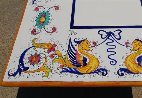 tavoli ceramica deruta tavolo in pietra lavica deruta raffaellesco