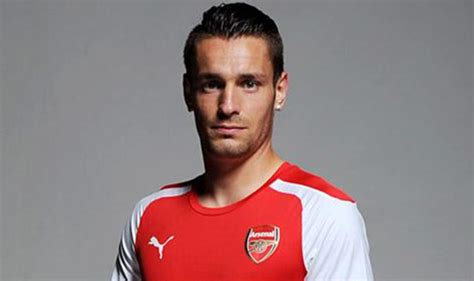 alexis sanchez kapsel confirmed mathieu debuchy completes move to arsenal