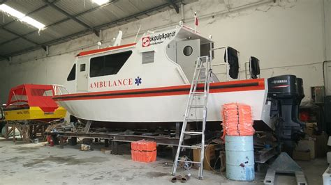 Ambulance Boat 10 M speed boat ambulance 10 meter jual speed boat speed