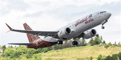 batik air over bagasi boeing 737 spotting guide tips for airplane spotters