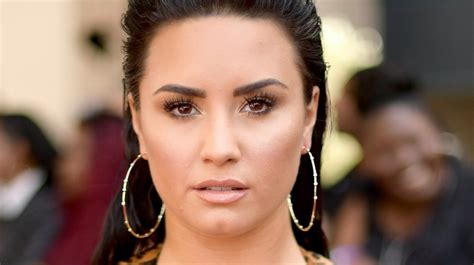 Clarkson New Single Sober by Demi Lovato Hints At Relapsing In New Song Sober