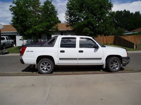 how cars engines work 2005 chevrolet avalanche 1500 auto manual purchase used 2005 chevrolet avalanche 1500 base crew cab pickup 4 door 5 3l in grand junction