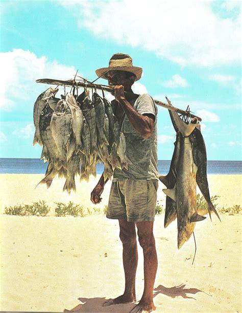 fisherman s file fisherman and his catch seychelles jpg wikimedia