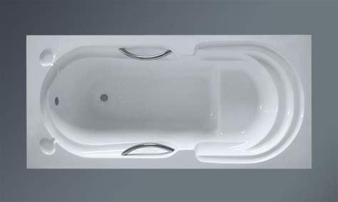 wide bathtubs