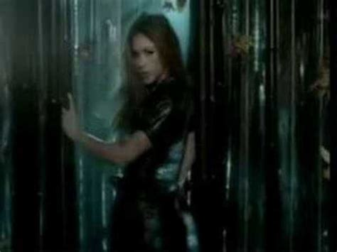 Beyonce Shakira Beautiful Liar by Beyonc 233 Feat Shakira Beautiful Liar Remix