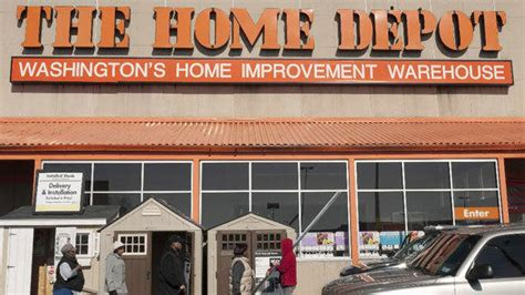 home depot to switch part time workers to health exchange