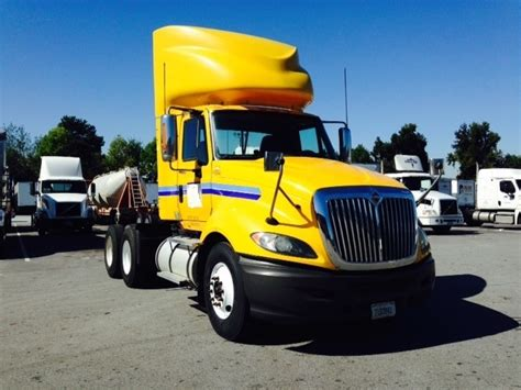 day cab tractors  sale  ga penske  trucks