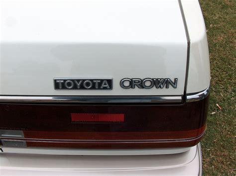 toyota crown badge topworldauto gt gt photos of toyota royal saloon photo
