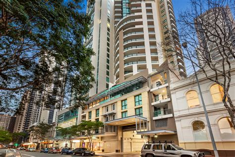 quest appartment brisbane serviced apartments quest river park central