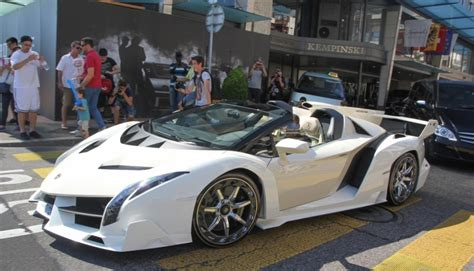 price of a lamborghini veneno lamborghini veneno roadster price in uae lamborghini car
