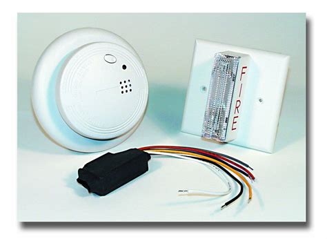 strobe light smoke alarms usi electric usi 2413 smoke alarm and strobe light kit