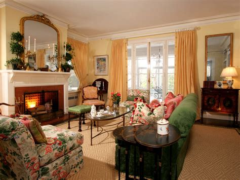 traditional home living rooms traditional living room with floral patterns hgtv