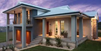 casas con jardin frontal