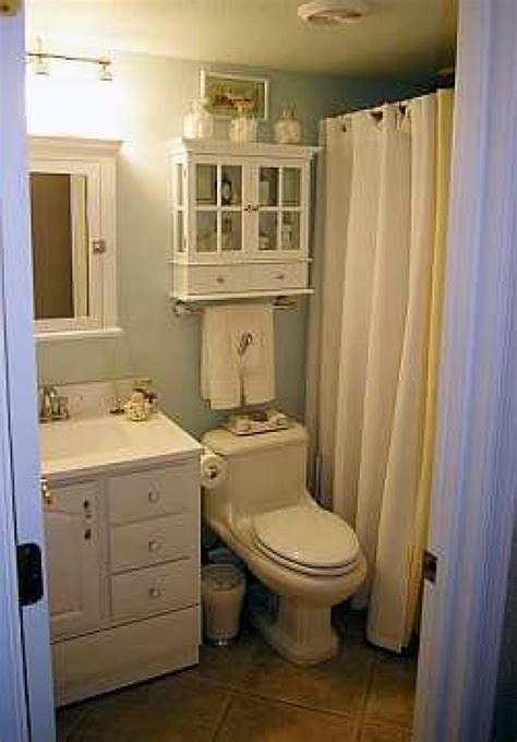 Decor Ideas For Small Bathrooms | small bathroom decorating ideas dgmagnets com
