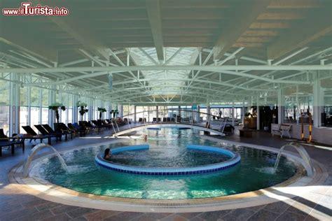 centro termale pavia la piscina indoor alle terme di miradolo provincia