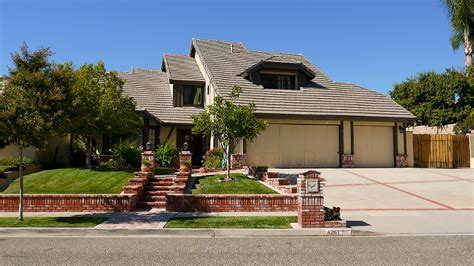 poltergeist house go on location iconic horror movie locations in los angeles descubre los angeles