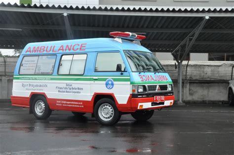 sumbangan unit mobil ambulance mitsubishi indonesia