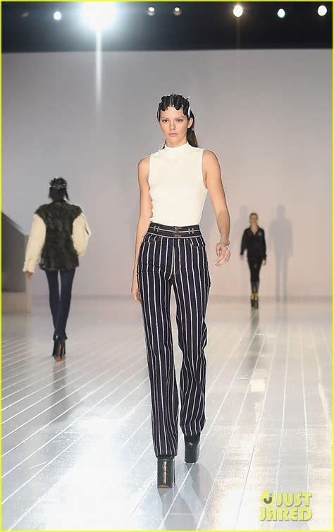 Wardrobe Fashion Show by Sized Photo Of Kendall Jenner Marc Fashion
