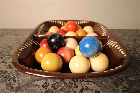 19th century collection of 21 ivory snooker billiard balls