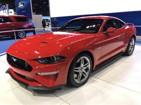 mustang 2018 horsepower 2018 mustang gt s tach reveals 7 500 rpm redline expect