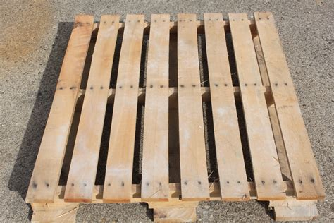 Make A Pallet by Building With Pallets How To Disassemble A Pallet With