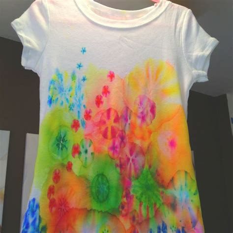 Painting T Shirts With Sharpies by 17 Best Ideas About Tie Dye On
