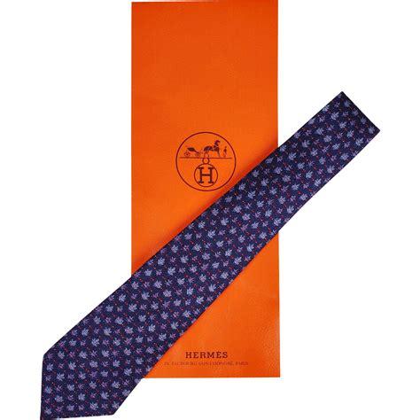 leaf pattern neckwear vintage hermes tie silk twill 7072 ta oak leaf pattern