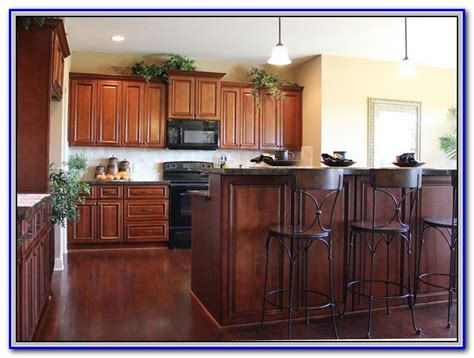 kitchen paint ideas with maple cabinets kitchen wall colors with maple cabinets painting