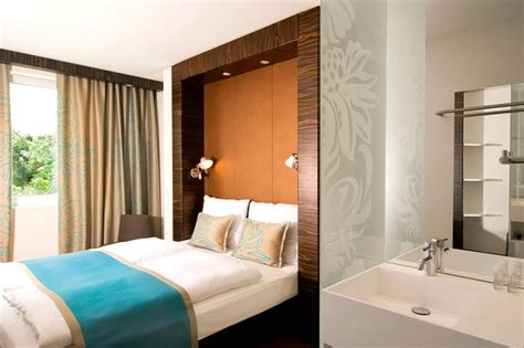 motel one queensize bett motel one n 252 rnberg pl 228 rrer congress und tourismus