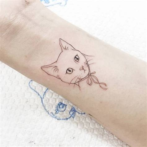 32 awesome cat wrist tattoos designs