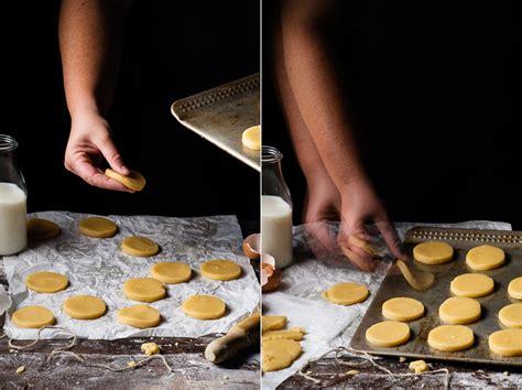 como decorar galletas de mantequilla galletas de mantequilla receta casera dulcespostres