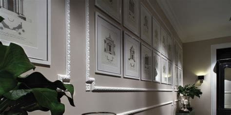 cornici decorative per pareti cornici effetto gesso per rinnovare la parete cose di casa