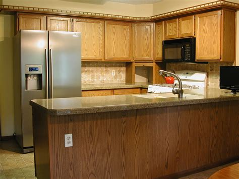 how much to stain kitchen cabinets lovely how much does it cost to stain kitchen cabinets