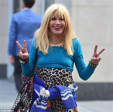 who was the blonde in dwts dancing with the stars betsey johnson keeps dancing