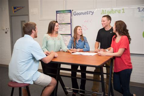 standing desk research new study want students to pay attention give them a