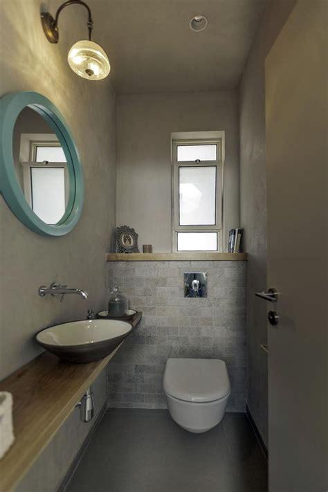 Powder Bathroom Ideas ריאה ירוקה באמצע הבית שיפוץ בית בכפר בן נון בניין ודיור