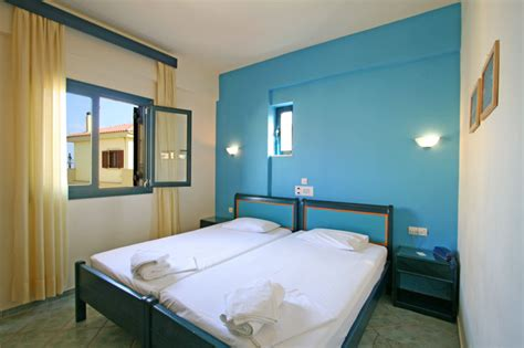 1 bedroom apartment in 1 bedroom apartments of marelina apartments in panormo thehotel gr