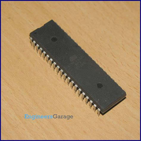 Atmega 32pu atmega32 mega32 avr microcontroller engineersgarage