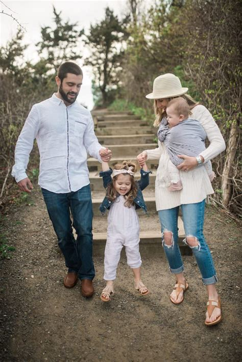 picture ideas for families family picture outfit ideas lynzy co
